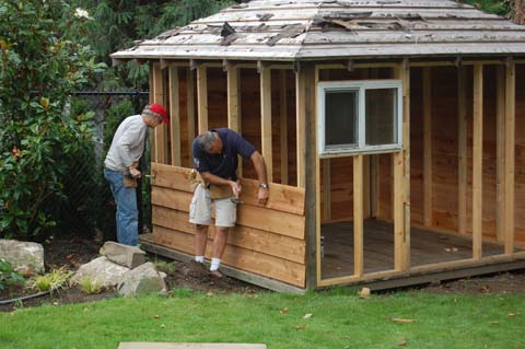 Should i use shed plans to build my next garden shed for Cabane de jardin en bois pas cher